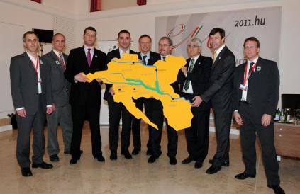 U martu 2011, ministri Austrije, Hrvatske, Mađarske, Srbije i Slovenije nadležni za životnu sredinu i zaštitu prirode su potpisali zajedničku deklaraciju (Foto: WWF)