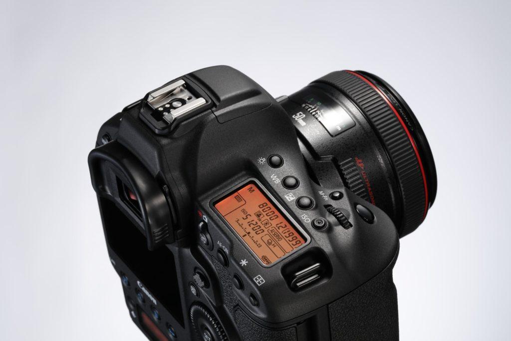 EOS-1D X Mark II angled