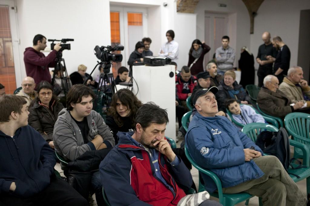 Brojna-publika-na-predavanju