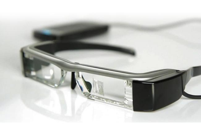 Epson-moverio-bt-200-smart-glasses