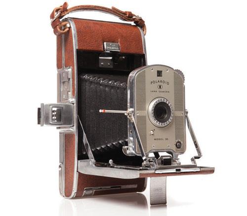 land-camera-model-95