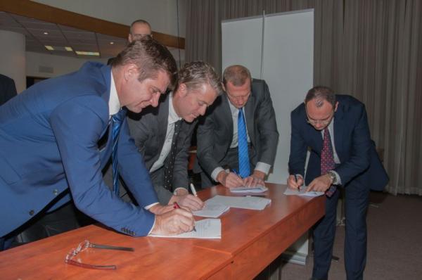 Predstavnici sva tri operatora u Srbiji