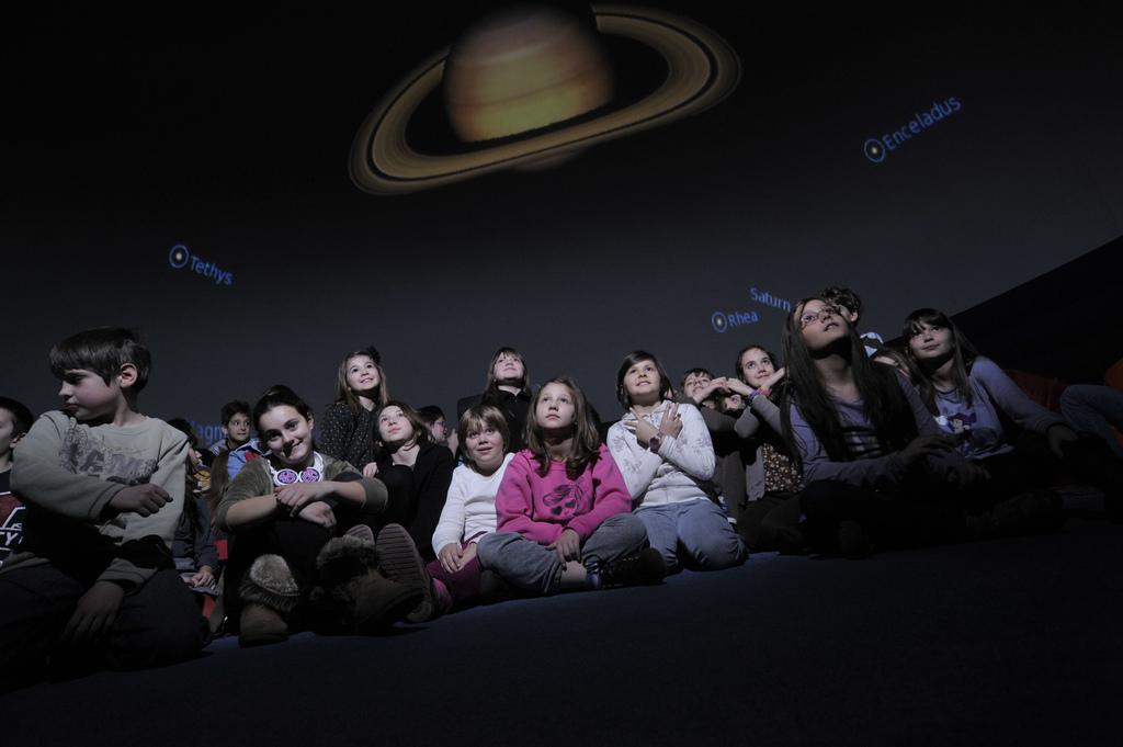Mobilni-planetarijum