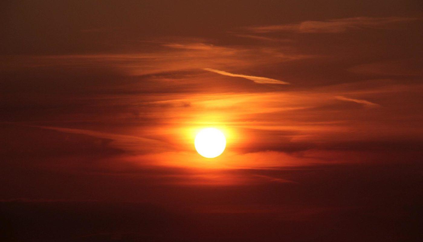 sunset-1365830_1920