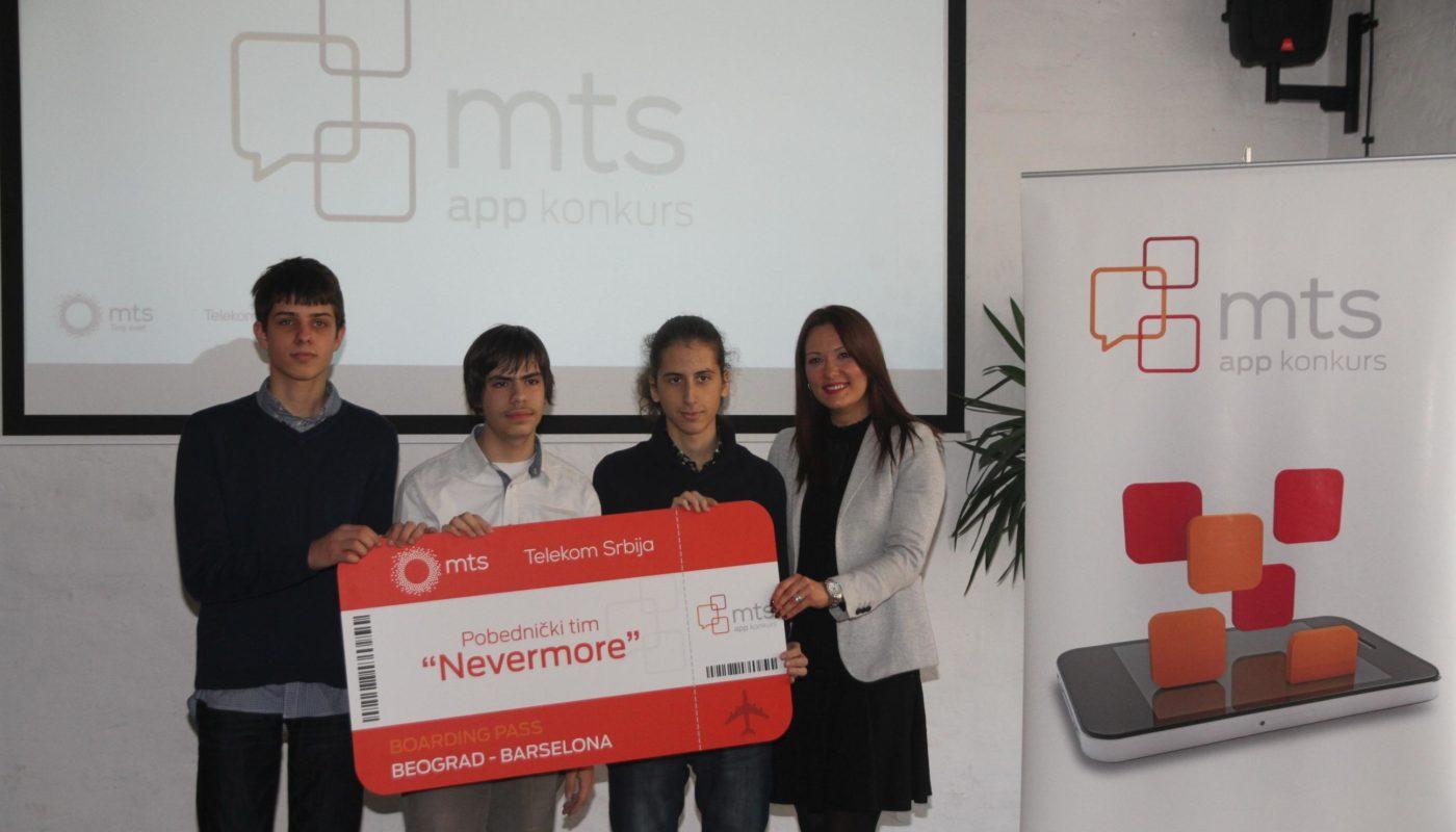 Pobednici-6.-mts-app-konkursa-sa-direktorkom-Sektora-za-PR-Telekoma-Srbija-Marijom-Bošković