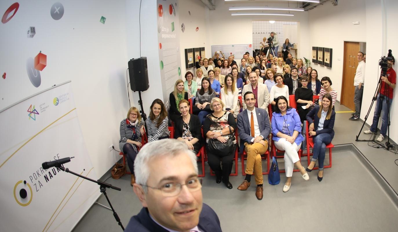 Najpametniji-selfi-u-Srbiji