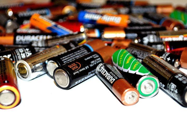 Šta da radimo sa istrošenim baterijama?